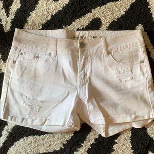 Indigo Rein White Jean Shorts. Size 11.